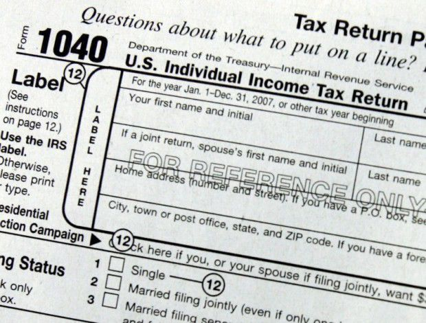 Income taxes, tax form, AP file photo (copy) (copy) (copy)