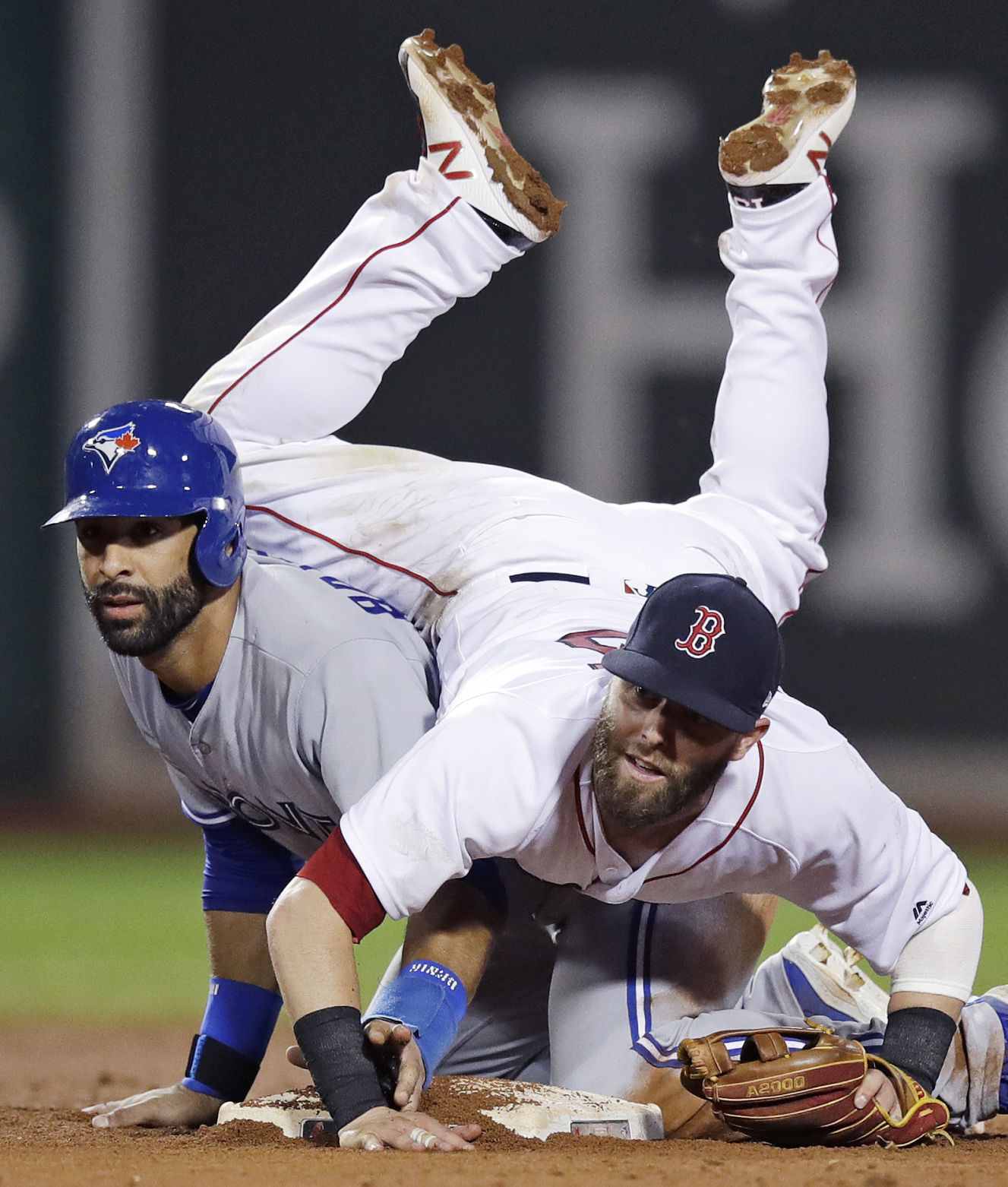 Red Sox beat Blue Jays in 15-inning game