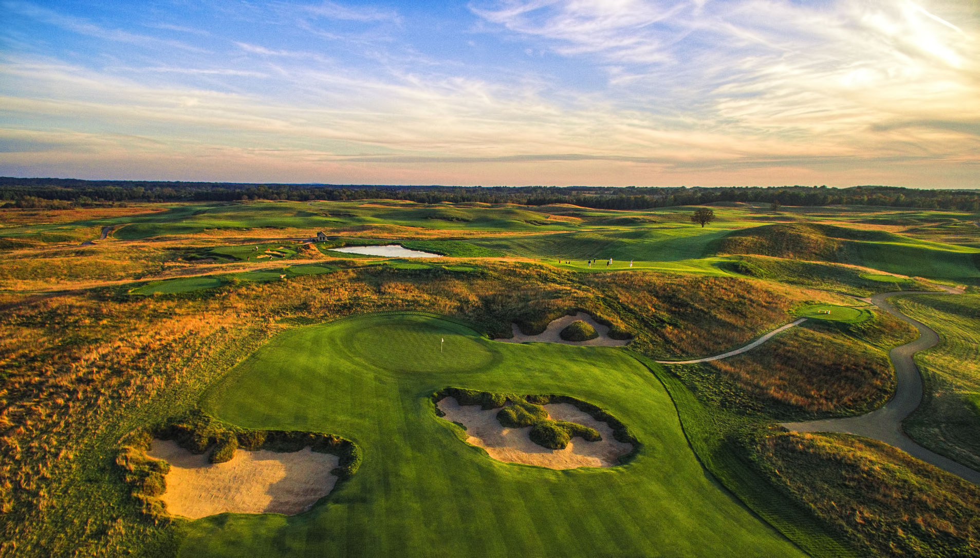 Avoid driving in Erin Hills golf course area this week officials