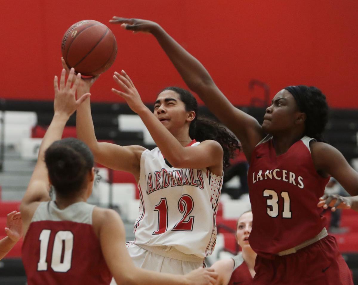Girls basketball photo: Sun Prairie's Jayda Jansen