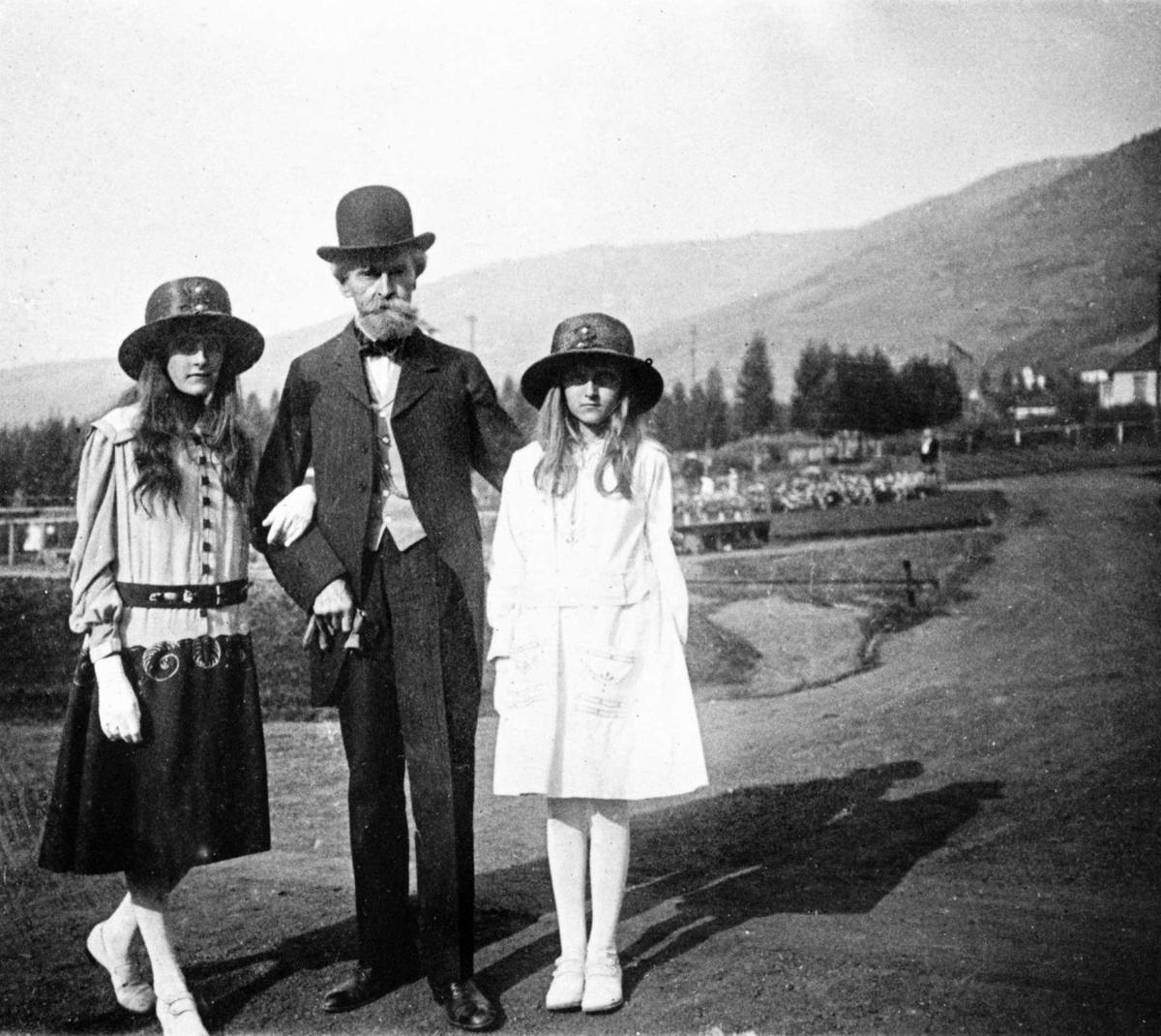 William A. Clark and his daughters