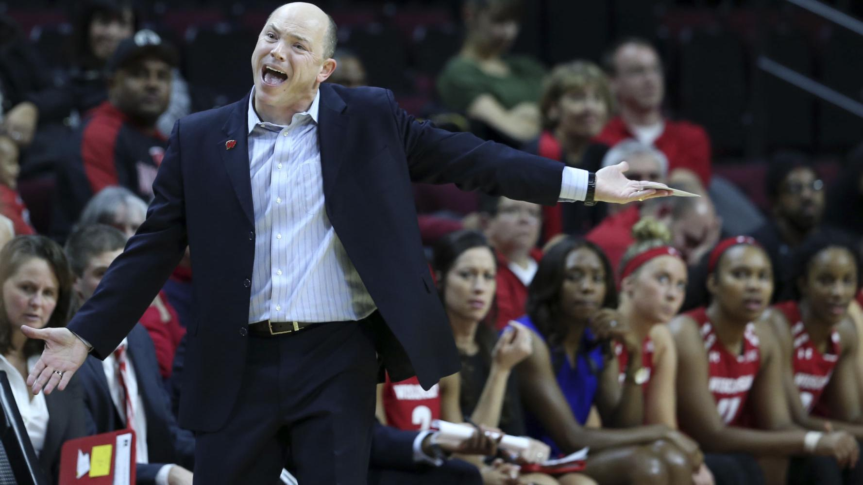 Badgers women's basketball: Coach Jonathan Tsipis' former team too much for Wisconsin
