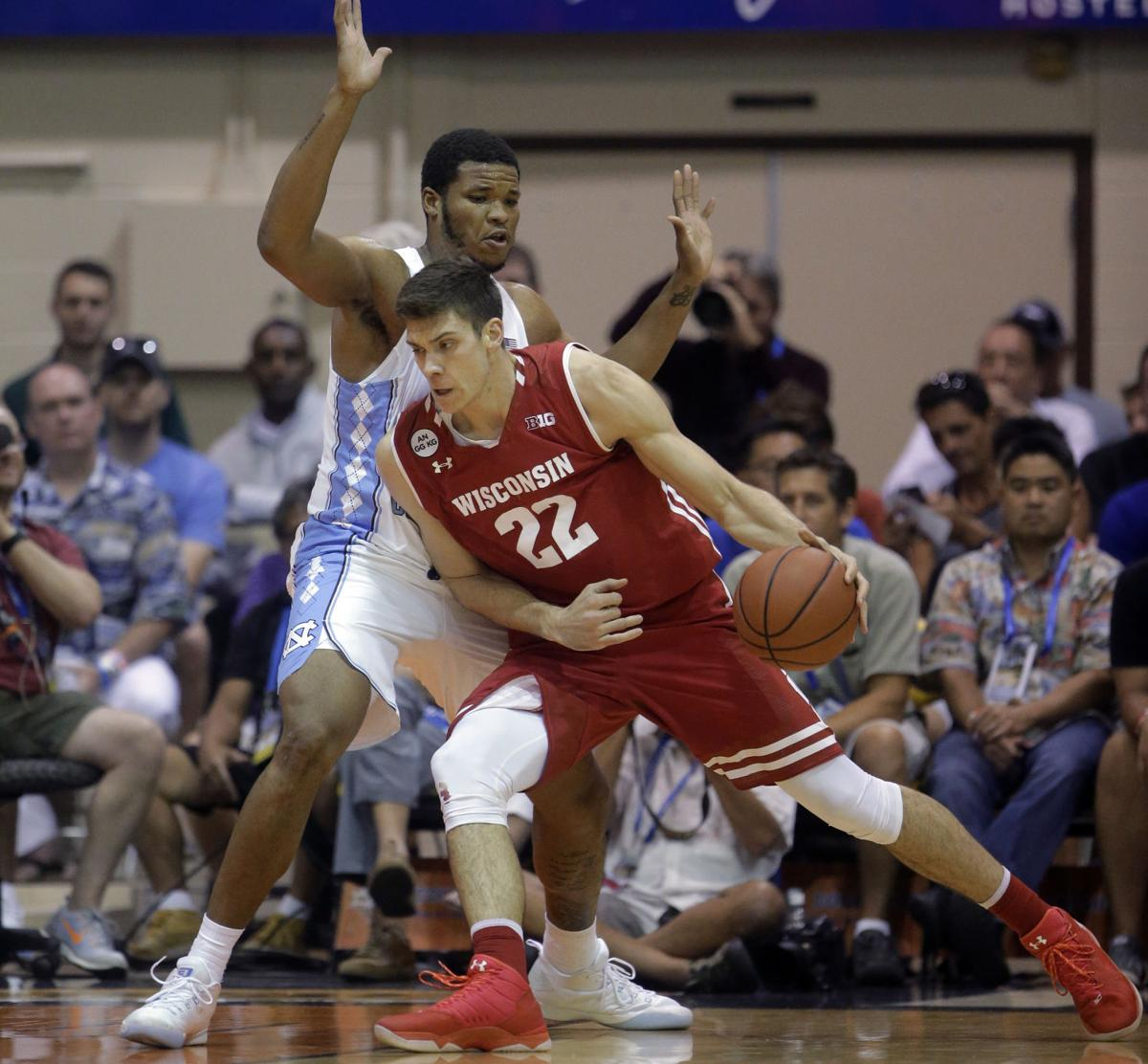 Photos: No. 4 North Carolina 71, No. 16 Wisconsin 56 at Maui Invitational | Wisconsin Badgers ...