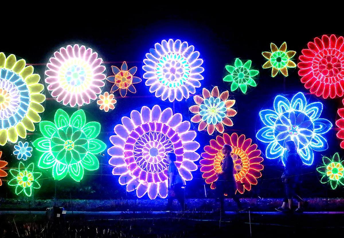 China Lights Creates An Illuminated Phenomenon In Hales Corners Local News
