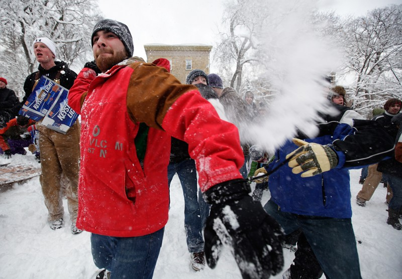 Students participate in Bascom snowball fight