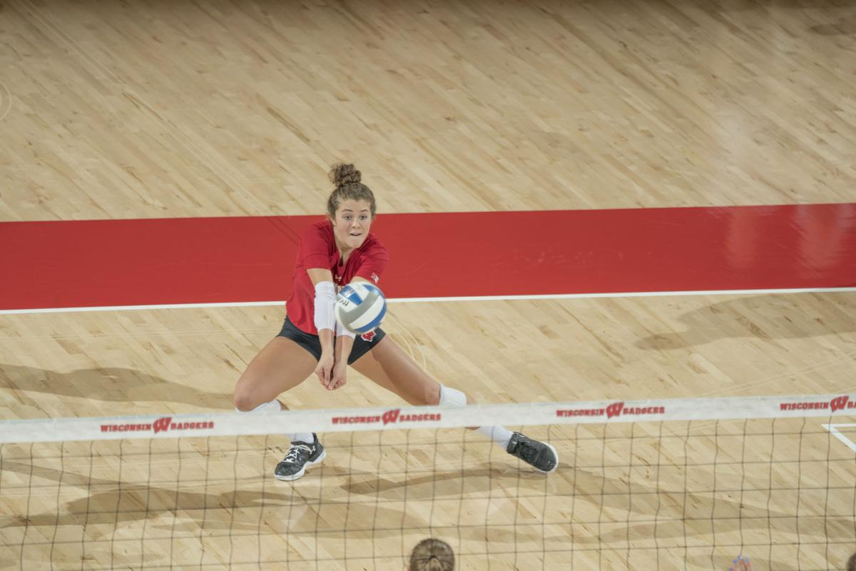 Badgers volleyball: Wisconsin's defensive players work extra to perfect the art of the pass ...