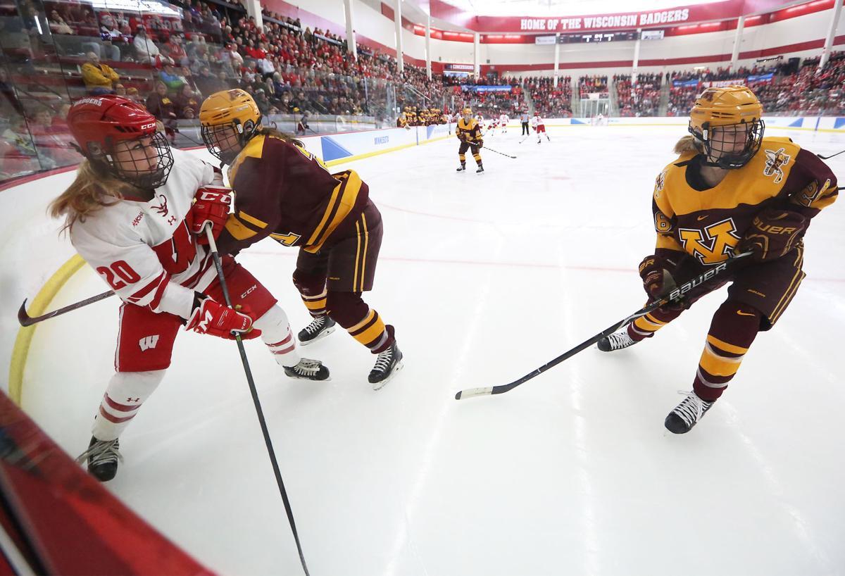 Badgers Minnesota women's hockey