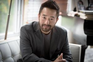 Sci-fi author Wesley Chu seizes the moment with 'Time Salvager'