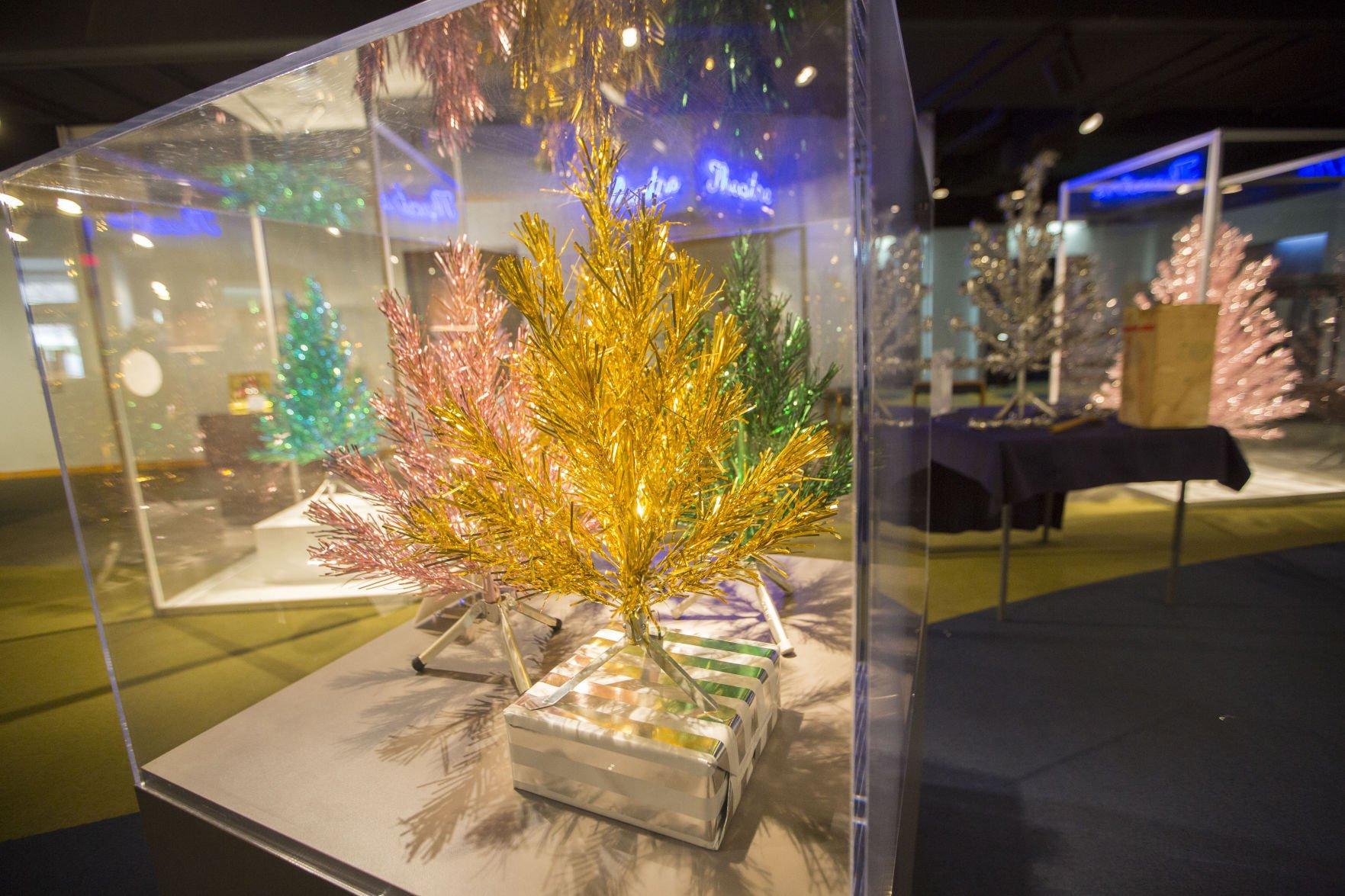 Photos: Evergleam aluminum Christmas trees return to Wisconsin ...