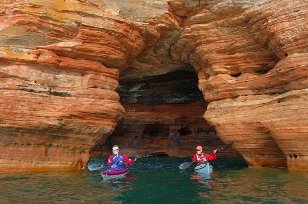 Travel Apostle Islands Sea Kayaking