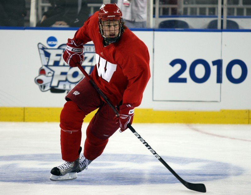 UW men's hockey: Geoffrion named INCH Player of the Year ...