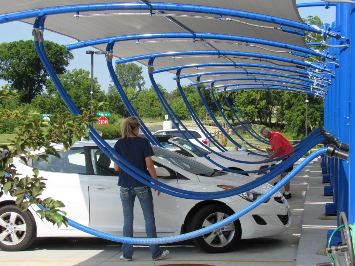 On retail 2 million waunakee car wash goes high tech madison ultimate car wash solutioingenieria Image collections