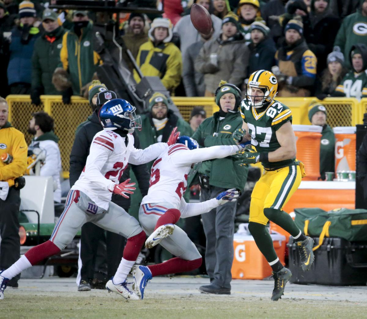 Jordy Nelson pass where ribs injured, State Journal photo