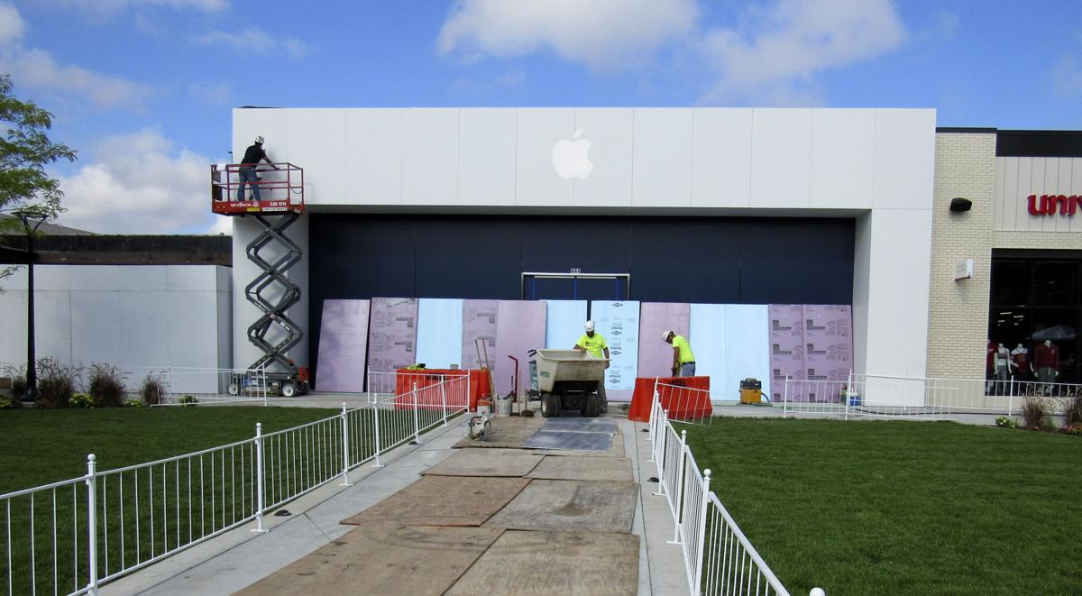 Apple Store moving to Hilldale