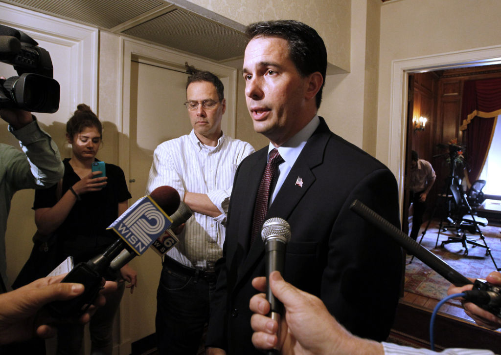 Gov. Scott Walker answers John Doe questions