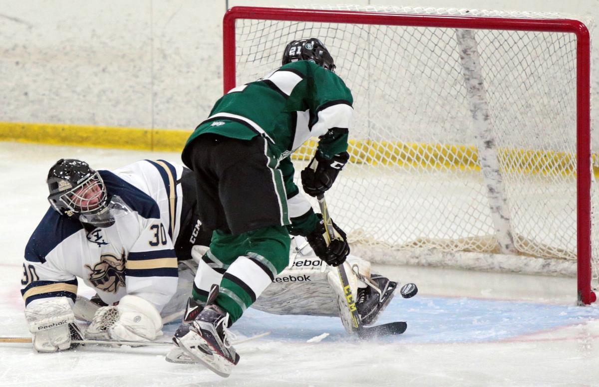 Parker Lindauer, Madison Memorial hockey vs. Baraboo/Portage