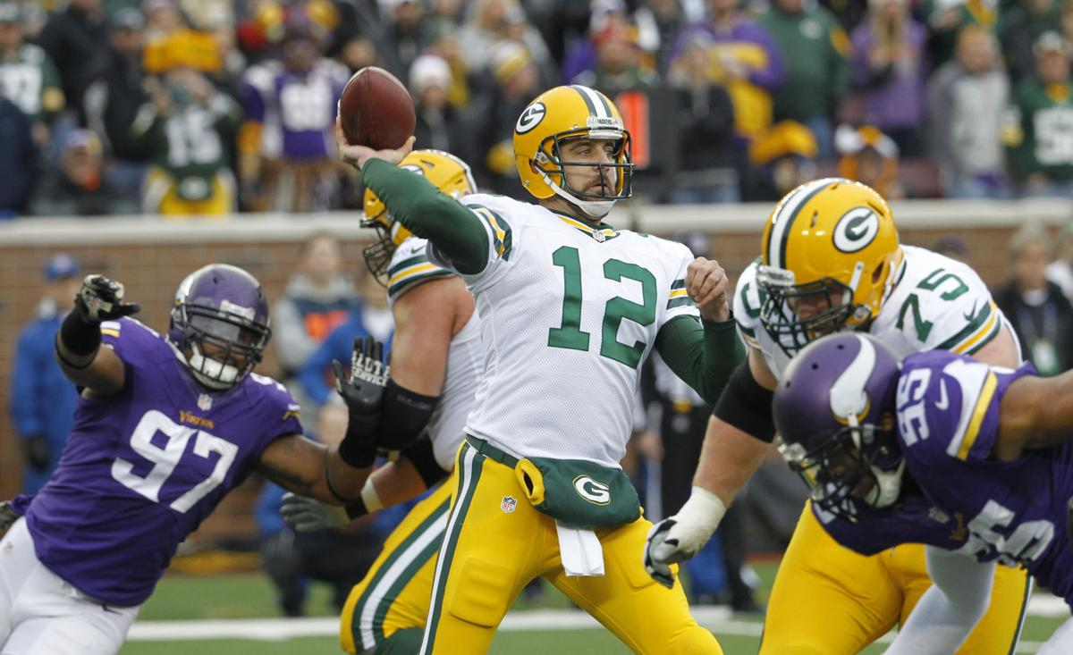 Tom Oates Packers Offense Faces Challenge In Mike Zimmer