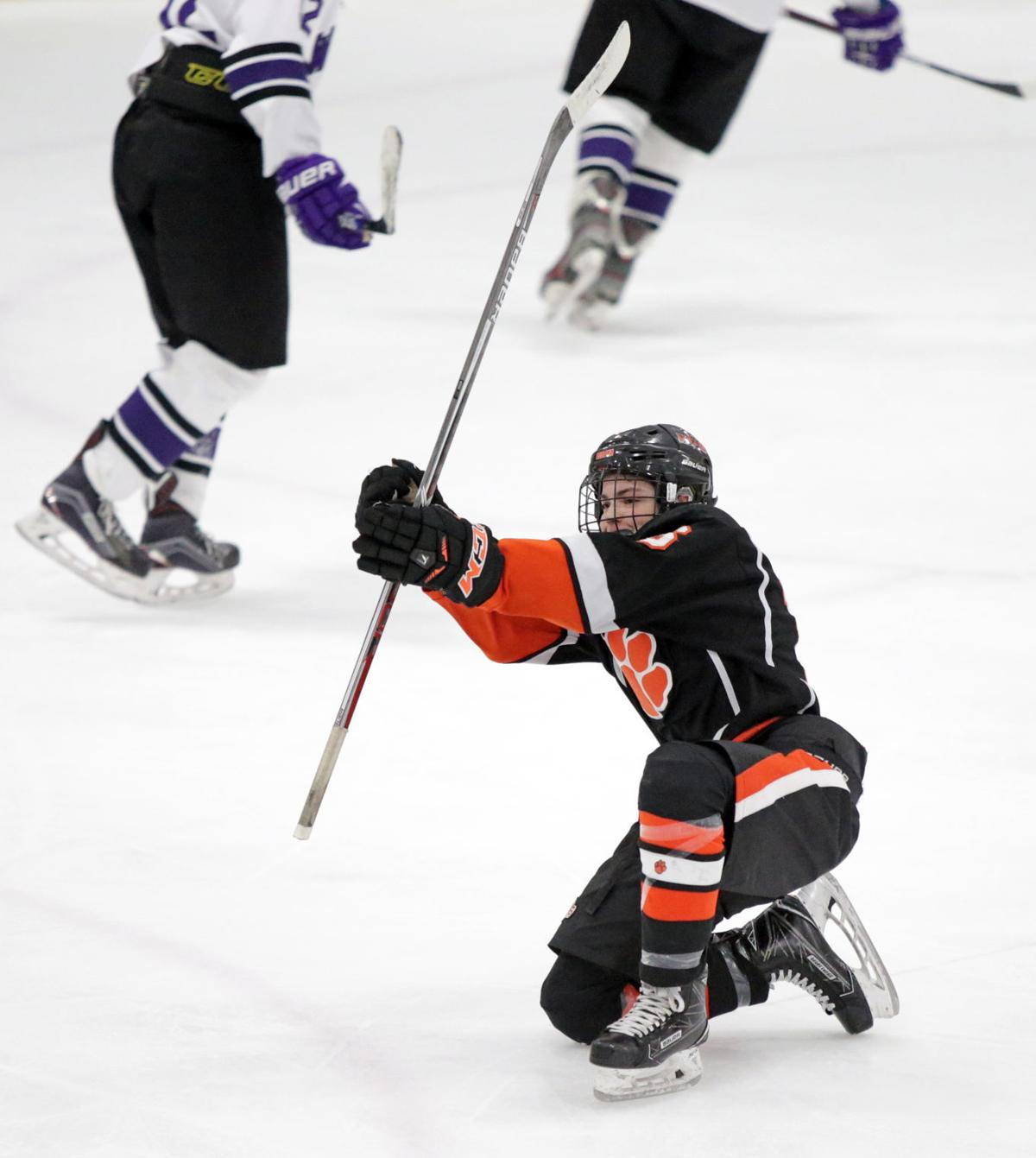 WIAA state boys hockey preview: Verona's Brockton Baker