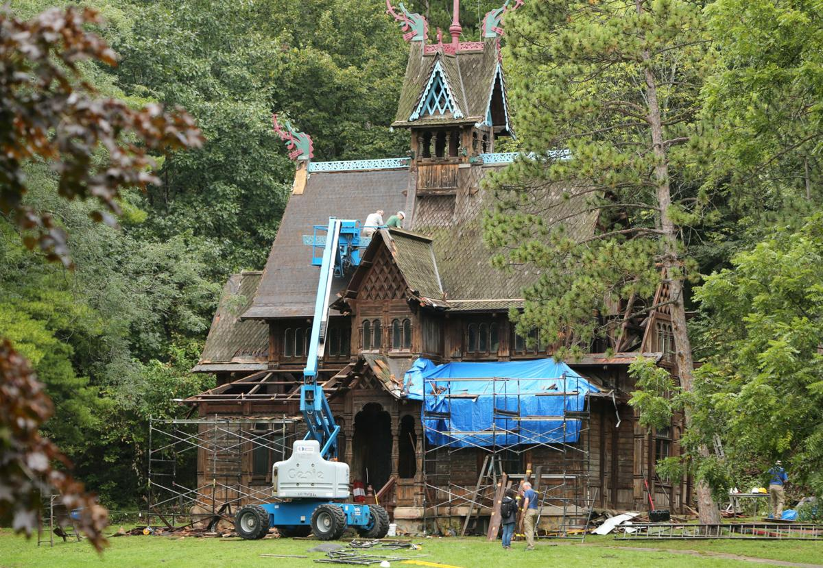 Photos Stave Church At Little Norway Local News Host