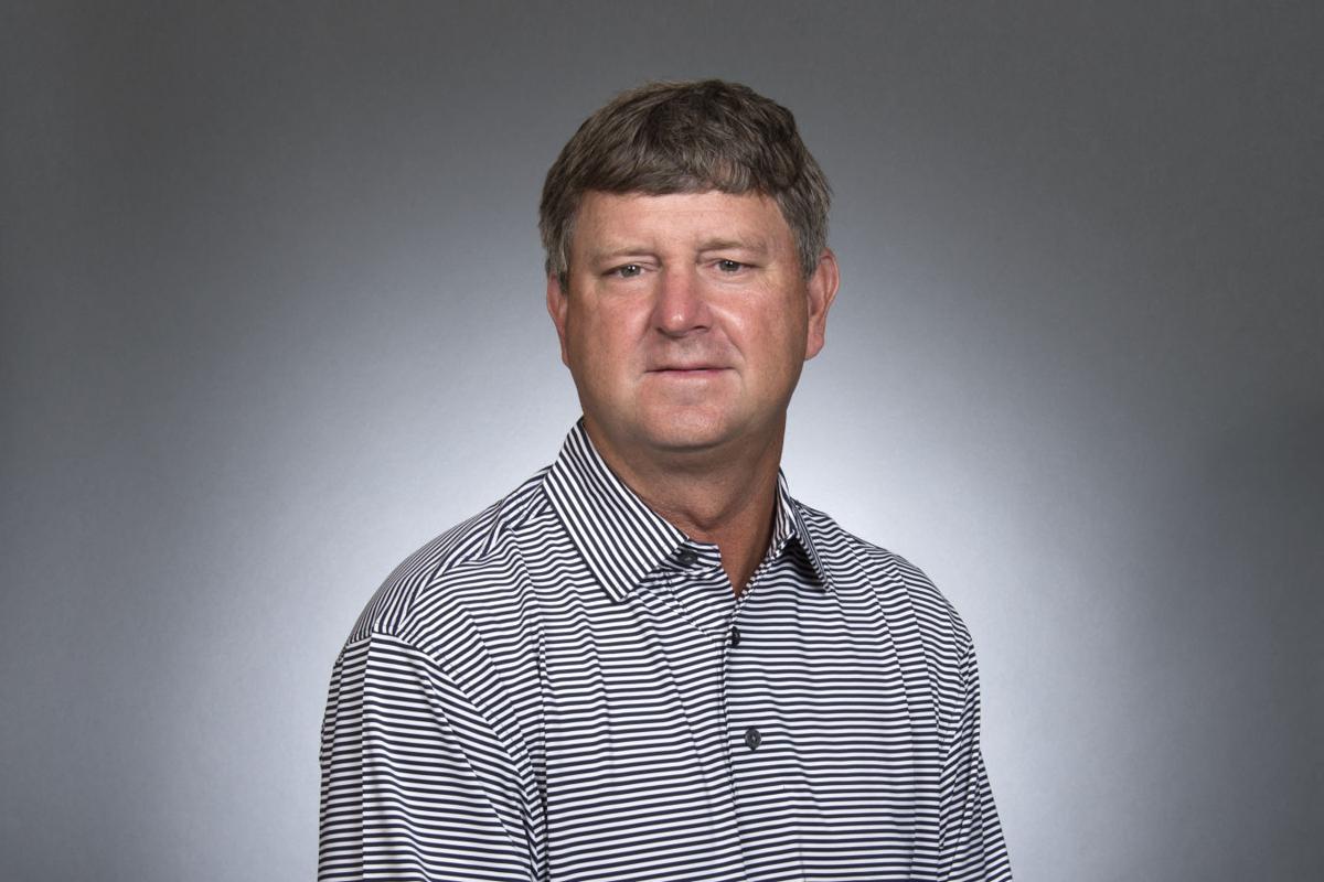 pro golf players impressed by university ridge golf host