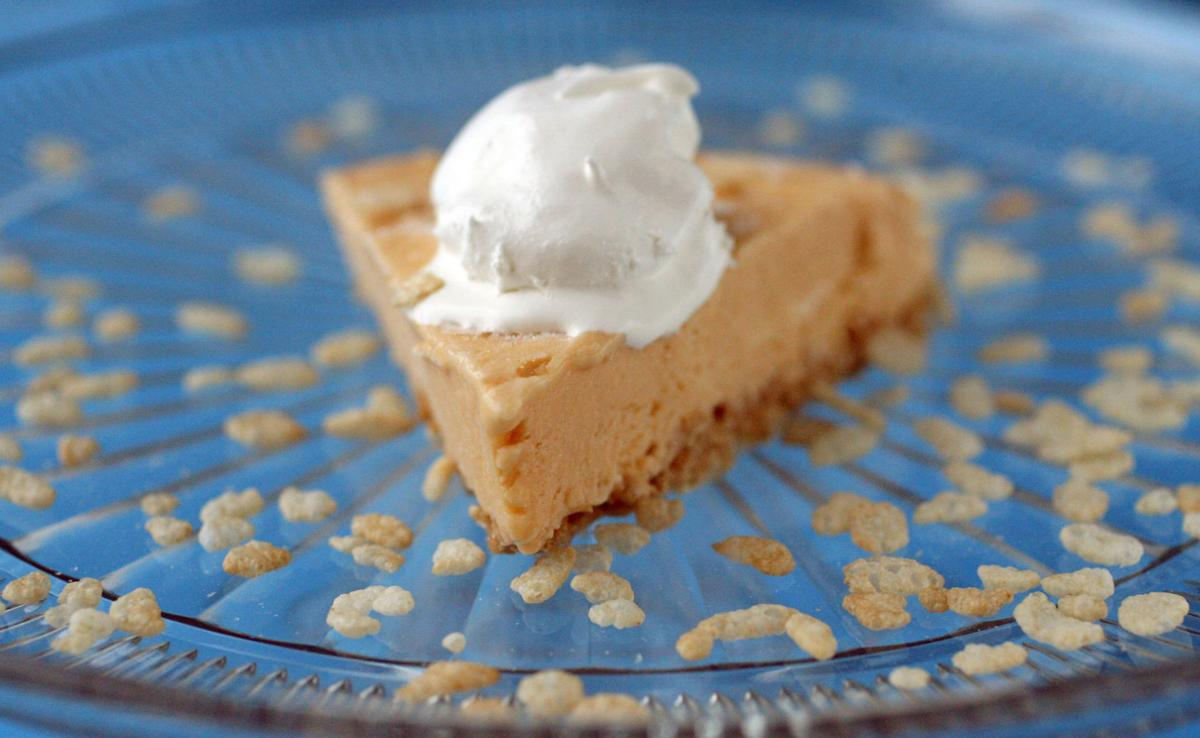 Crispy peanut butterscotch pie