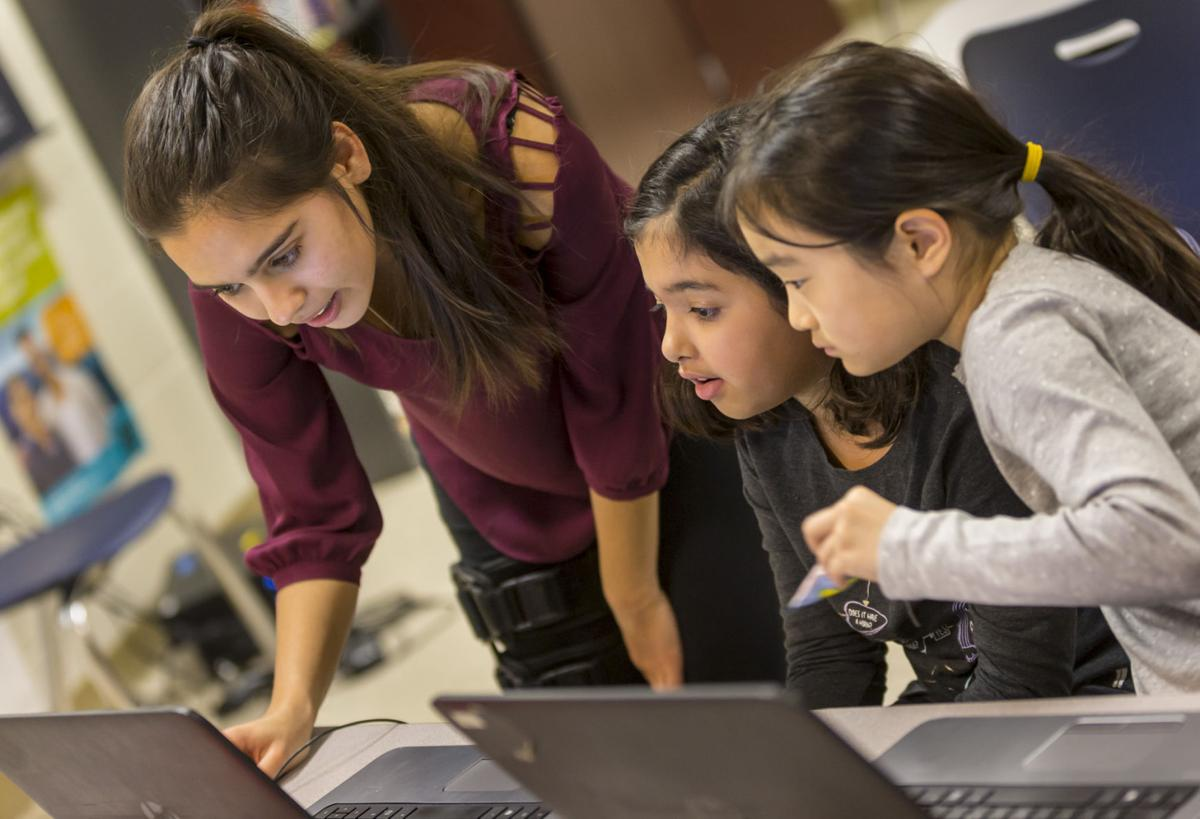 Helping younger girls learn computer science