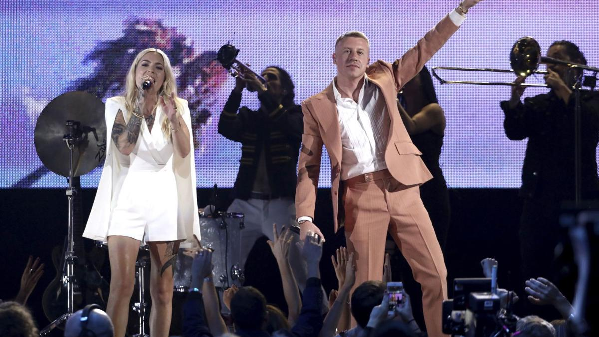Meet Skylar Grey, the Wisconsin native who stole the stage from Eminem on SNL and Macklemore at the AMAs this weekend