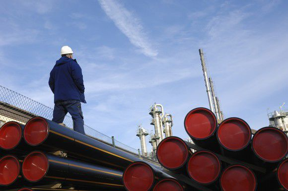 Kinder Morgan Inc S Low Stock Price Continues To Confound