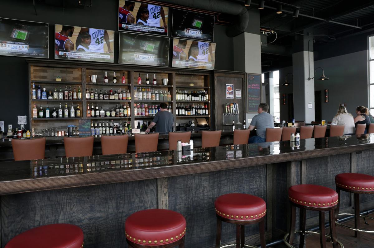 LJ's bar
