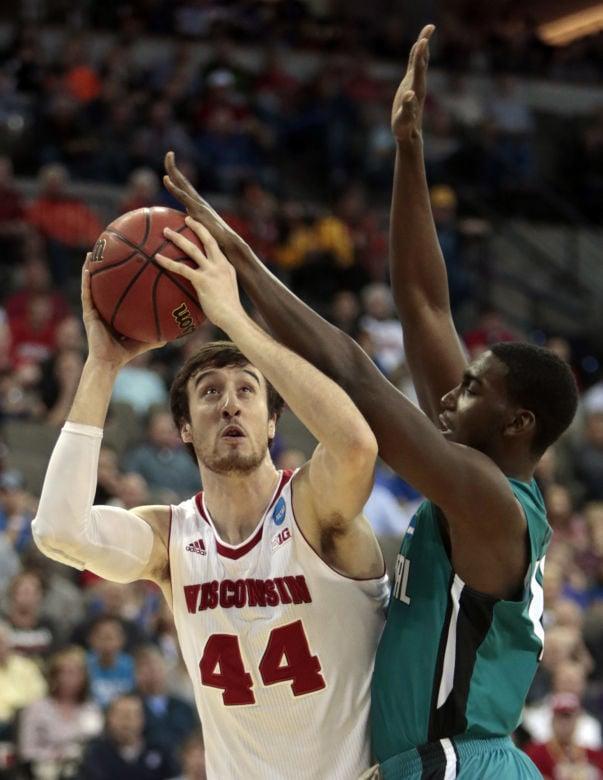 Badgers Men S Basketball Frank Kaminsky Creates