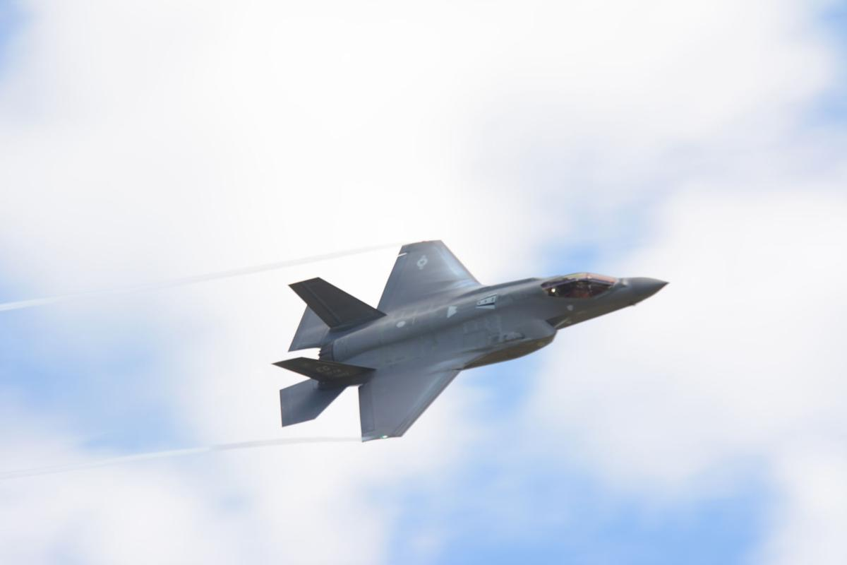 F-35 files over Wisconsin (copy)