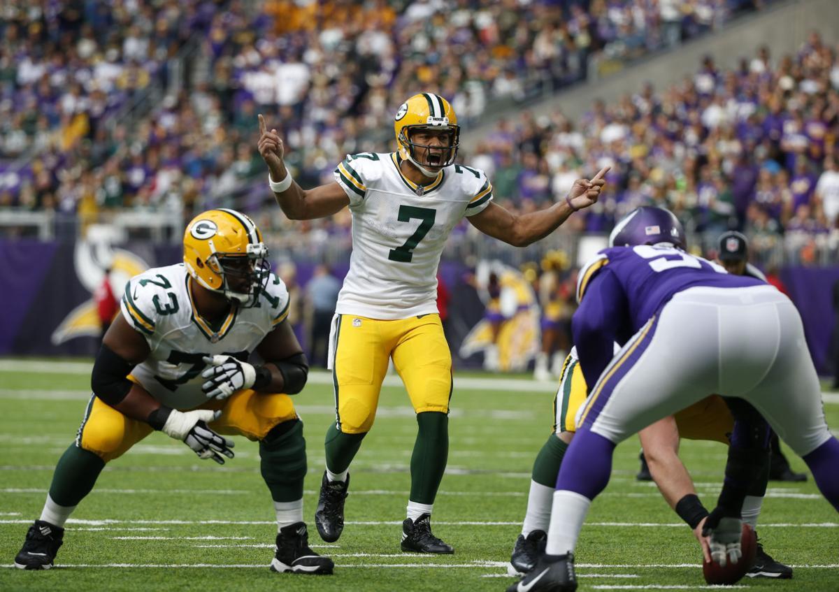 Brett Hundley - Packers Vikings Football