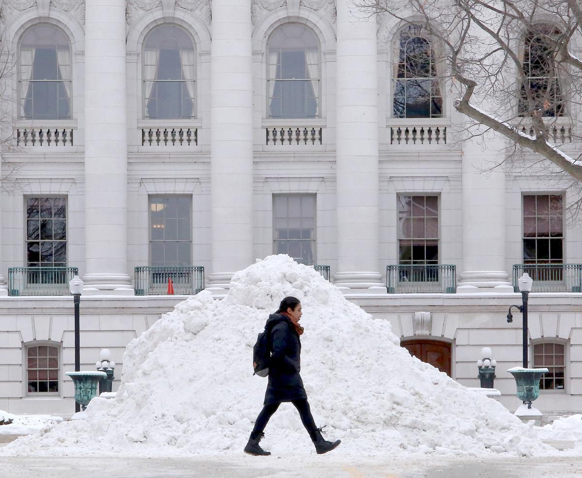 020618-wsj-news-snow2