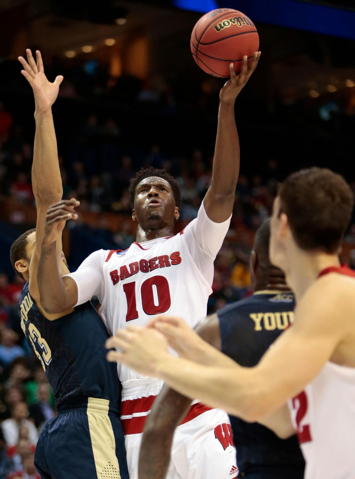 Photos: Badgers 47, Pittsburgh 43 in NCAA tournament first ...