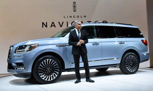 2018 lincoln navigator. beautiful navigator fordu0027s allnew 2018 lincoln navigator is a challenge to cadillac on lincoln navigator