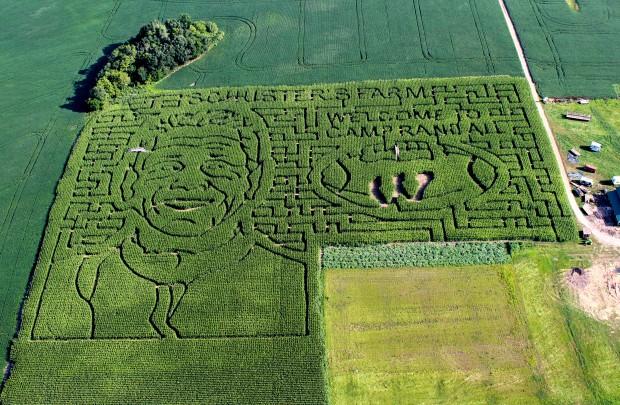 Gary Andersen maze, Schuster Playtime Farm
