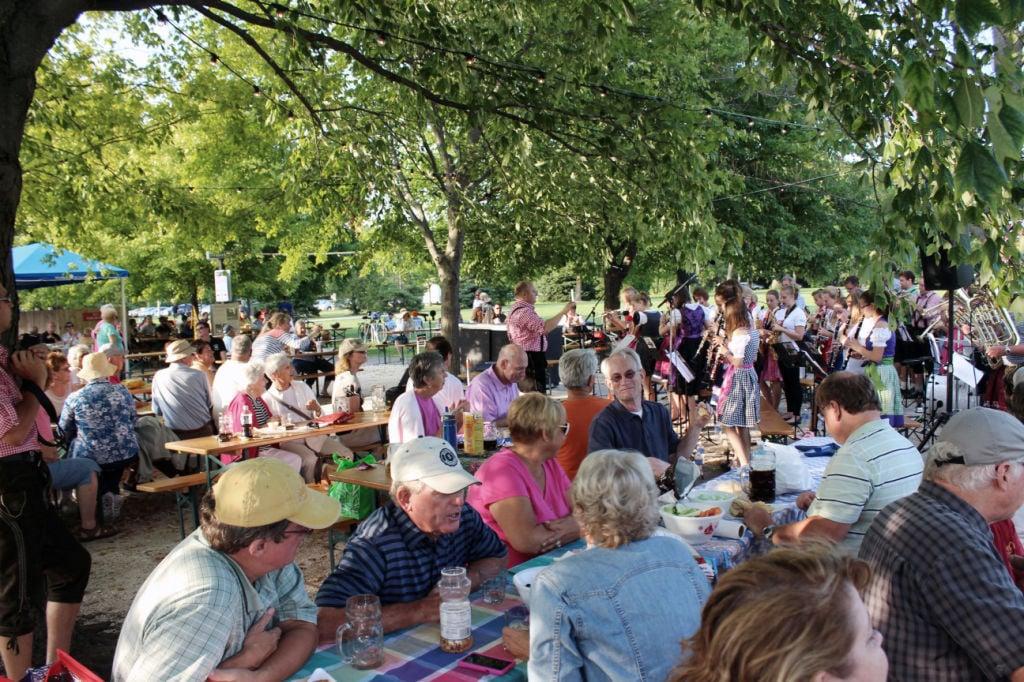 Olbrich Gardens Special Events Garden Ftempo