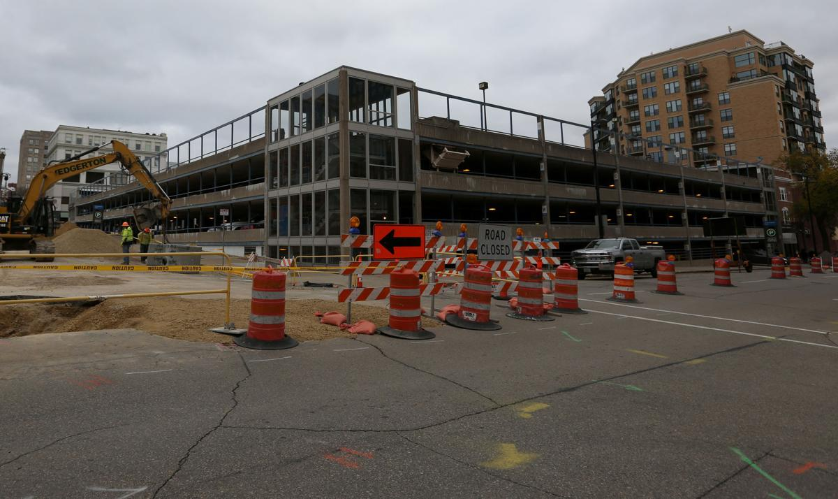 Government East parking ramp construction