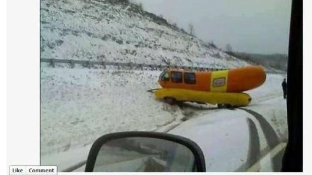 Article 21641272 41c3 5376 8afc 1c088a6161c8 further Courtweek also That Wienermobile Crash Photo On Facebook Its From 2008 moreover Pop Culture additionally Homecase of the week. on oscar mayer wienermobile ditch