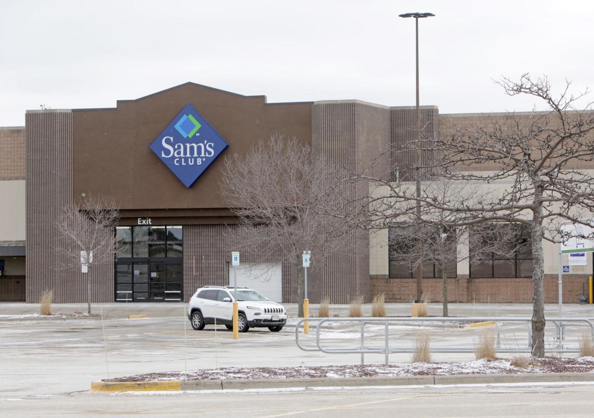 Far West Side Sam's Club building