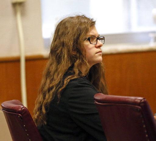 Anissa Weier in court, Slender Man attack, AP photo