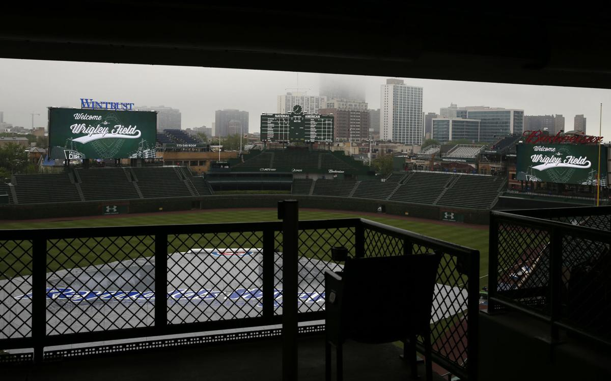 Brewers Cubs controversial postponement, AP photo