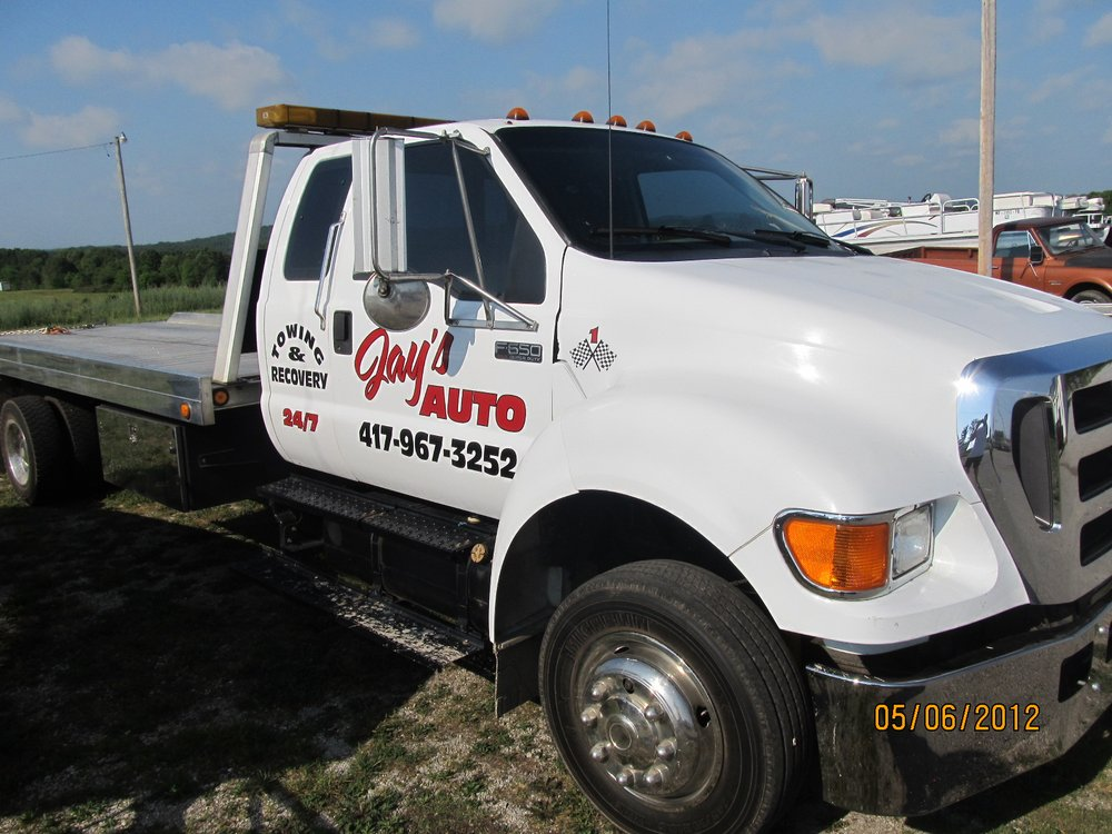 Jay's Automotive & Towing