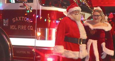 Santa arrives in Saxton