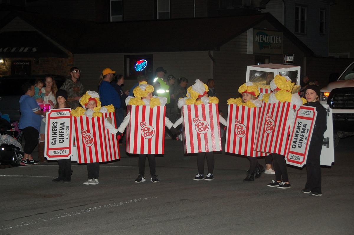 Halloween Parade Huntindgon Pa 2020 Crowd flocks to parade | Local | huntingdondailynews.com