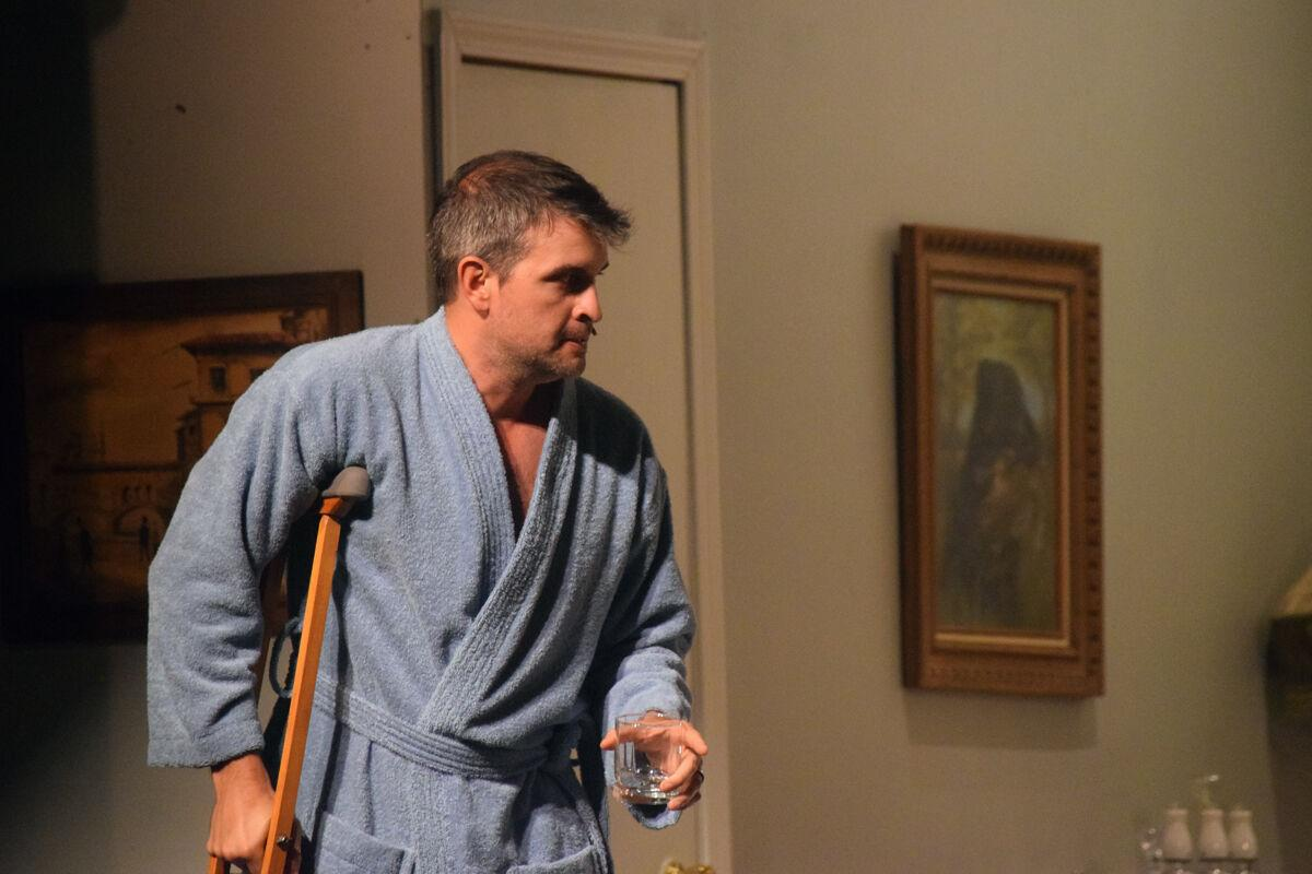 'Cat on a Hot Tin Roof' to hit Essanee stage Friday