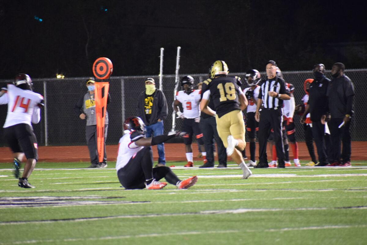 Jackets get serious in second half, pull out win