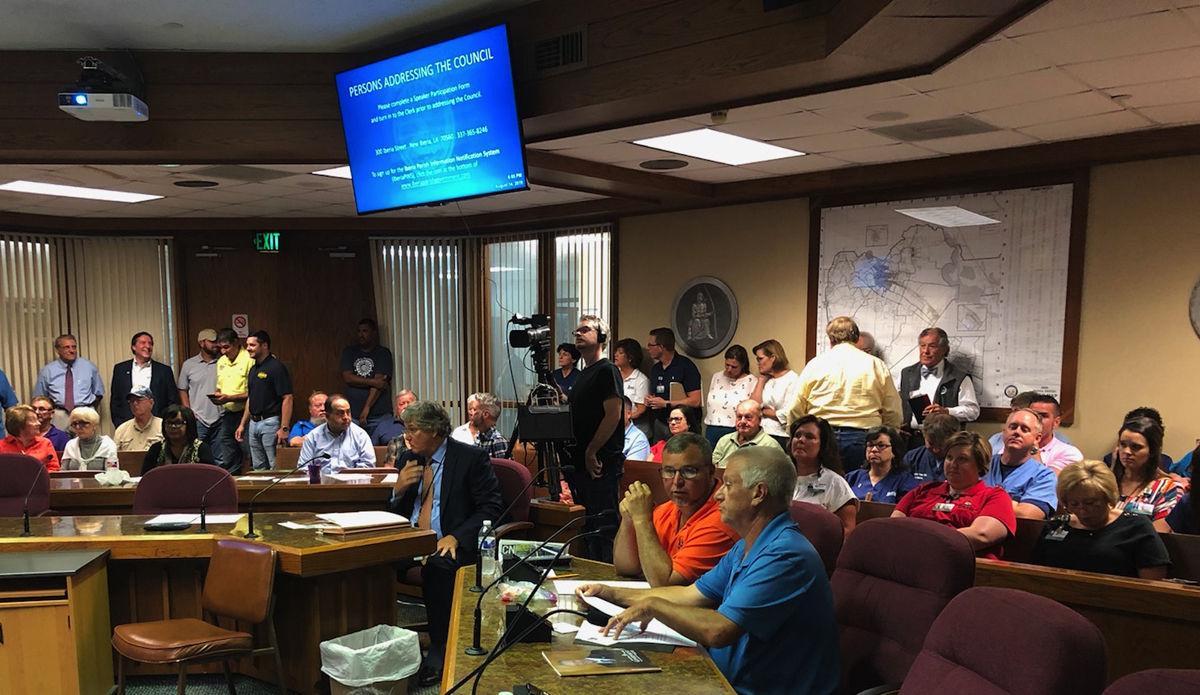 Parish council votes in favor of investigating Metz, Benson