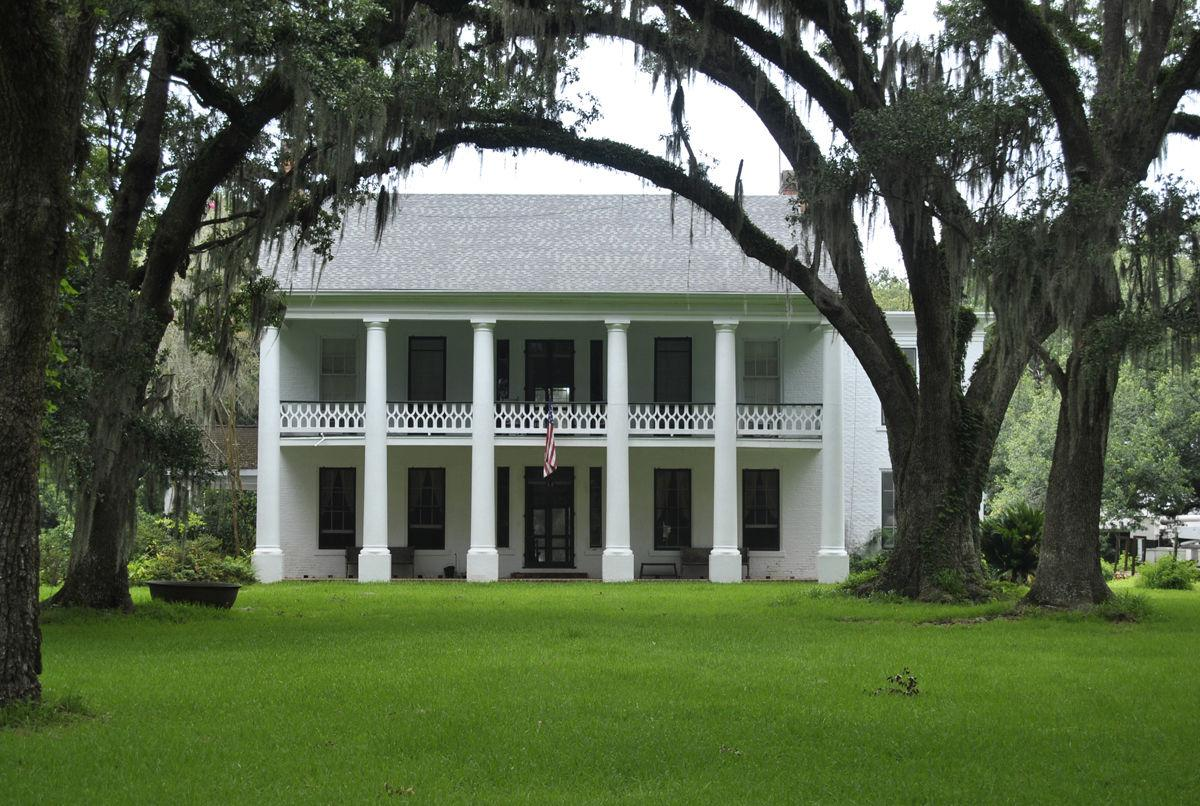 Bayside Plantation in Jeanerette sold for $775,000, a high for area