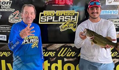 Suit's Whopper Plopper triggers bite from 4.00-pound bass worth $5,000